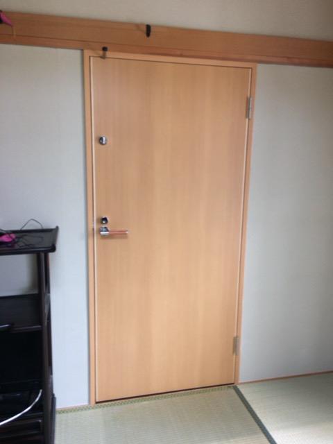 二世帯住宅内部行き来扉設置
