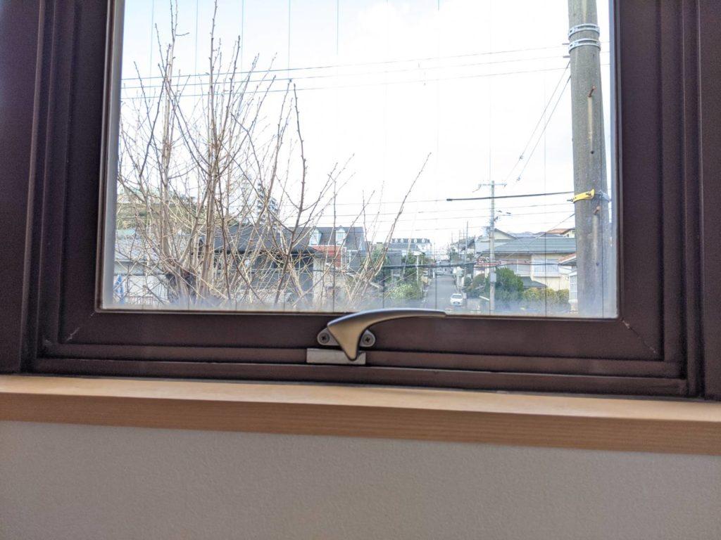 神戸市北区 サッシ窓ハンドル交換