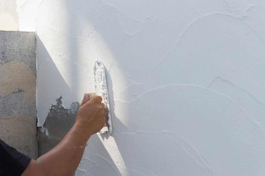 外壁塗装を行うメリットとデメリットとは?➀