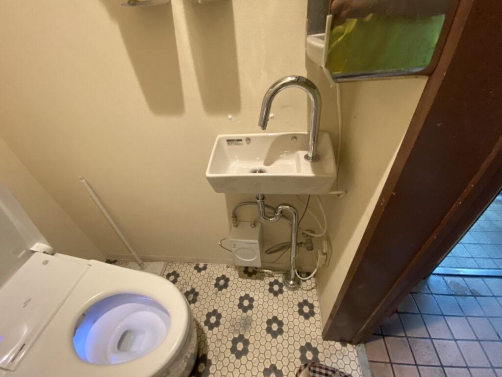東灘区 トイレ自動温水手洗設置工事